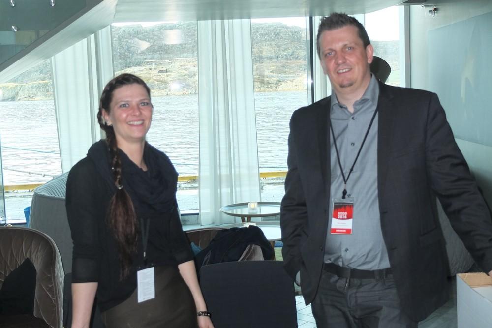Hanne og Pål står for registeringen til landsmøtet