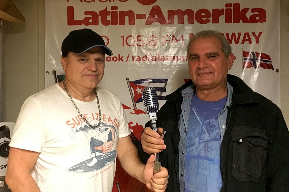 Hans Dahle og Dogan Gursel driver henholdsvis Radio Latin Amerika og Radio Inter-FM i Oslo (Foto: Pål Lomeland)